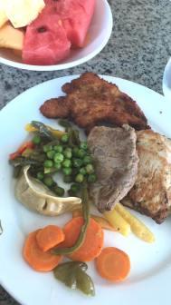 A snippet of the yummy food. Un poco de la comida rica!